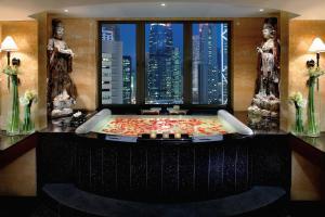 Mandarin Oriental Hong Kong (11 of 42)