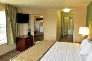 One Bedroom Suite - Non-Smoking