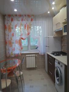 Апартаменты на Мира 47, Apartmány  Volzhskiy - big - 2