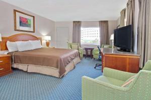 Dvoulůžkový pokoj s manželskou postelí velikosti King – nekuřácký