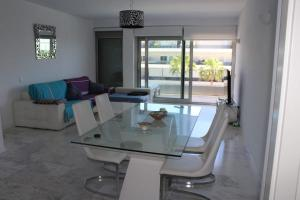 Royal Beach Luxury Apartments, Apartments  Ibiza Town - big - 28