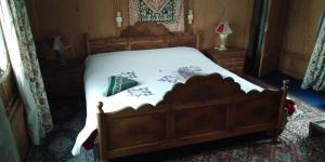 Houseboat Palace Heights, Hotely  Srinagar - big - 8