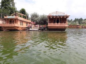 Houseboat Palace Heights, Hotels  Srinagar - big - 50