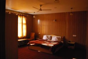 Kaisar, Hotels  Srinagar - big - 5