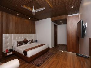 OYO 10076 Hotel Skylark, Hotels  Mussoorie - big - 6