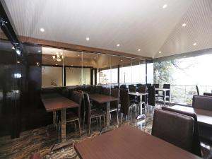 OYO 10076 Hotel Skylark, Hotels  Mussoorie - big - 16