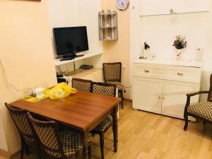 Maia's Apartment, Апартаменты  Тбилиси - big - 5