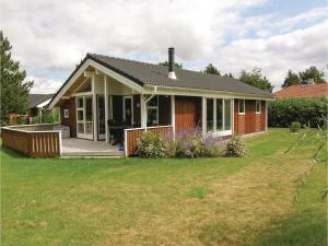 Three-Bedroom Holiday Home in Rodby - Bandholm