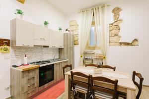 Appartamento con 3 camere nel cuore di Ortigia - AbcAlberghi.com