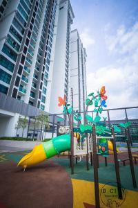 Sky Loft Bukit Indah Homestay, Ferienwohnungen  Johor Bahru - big - 13