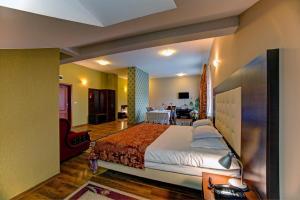 Hotel i Restauracja Bona, Hotely  Sanok - big - 15