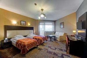 Hotel i Restauracja Bona, Szállodák  Sanok - big - 36