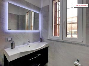 EasyMilano Suites - Businness and Tourism, Apartmány  Milán - big - 6