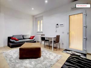 EasyMilano Suites - Businness and Tourism, Apartmány  Milán - big - 1