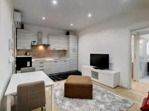 EasyMilano Suites - Businness and Tourism, Apartmány  Milán - big - 11
