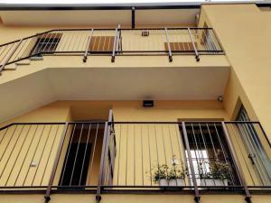 EasyMilano Suites - Businness and Tourism, Apartmány  Milán - big - 16