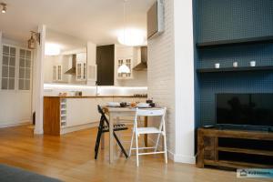 Warsaw Concierge Family Apartment