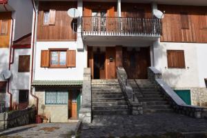 Villetta bifamiliare Pescasseroli - AbcAlberghi.com