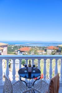 Villa Joannas, Appartamenti  Città di Lefkada - big - 14