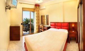 Vergos Hotel, Апарт-отели  Вурвуру - big - 64
