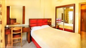 Vergos Hotel, Апарт-отели  Вурвуру - big - 63