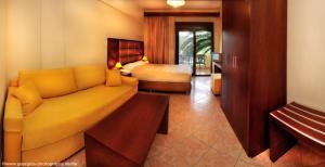 Vergos Hotel, Апарт-отели  Вурвуру - big - 73