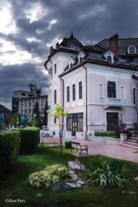 KM 0 Residence, Apartmány  Piatra Neamţ - big - 45