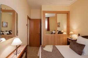 Apartamentos Turísticos Casa de La Borrega, Appartamenti  Estepona - big - 19