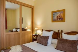 Apartamentos Turísticos Casa de La Borrega, Appartamenti  Estepona - big - 20
