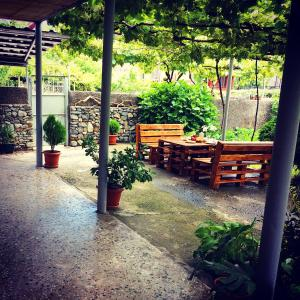 Guest House Gardenia & Wine Cellar, Penzióny  Lagodekhi - big - 34