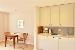 Ulenhof Appartements, Ferienwohnungen  Wenningstedt-Braderup - big - 5