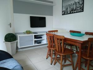 Residencial Bertoglio, Appartamenti  Florianópolis - big - 90