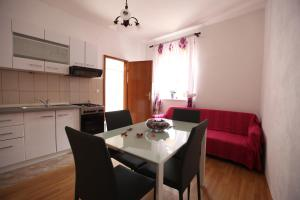 Apartment Jure, Apartmány  Trogir - big - 34