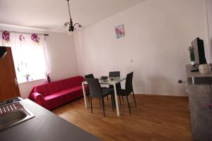 Apartment Jure, Appartamenti  Trogir - big - 35