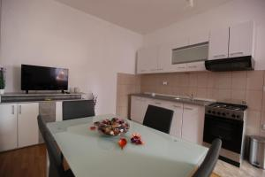 Apartment Jure, Apartmány  Trogir - big - 37