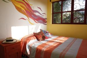 Tres Casitas, Casa Allegra, Apartments  Puerto Escondido - big - 4