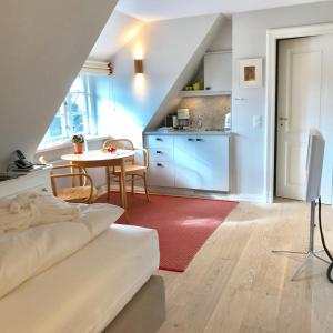 Ulenhof Appartements, Ferienwohnungen  Wenningstedt-Braderup - big - 19