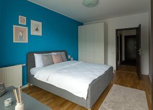 Tampa Gardens - Mountain View Apartment, Ferienwohnungen  Braşov - big - 14