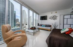 3B/2B Corner Apt Ocean View 00426, Apartments  Miami - big - 7