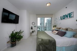 3B/2B Corner Apt Ocean View 00426, Appartamenti  Miami - big - 12