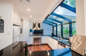 Absolute Water Front Holiday House - Gosford
