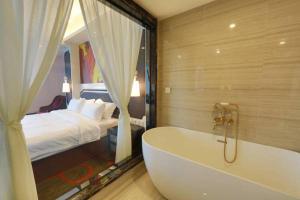 Shuangliu Eiffel Hotel, Отели  Чэнду - big - 3