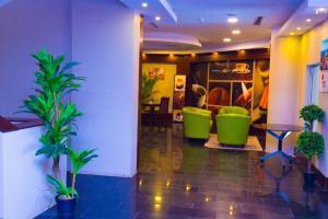 Madar Suites, Apartmanhotelek  Yanbu - big - 55