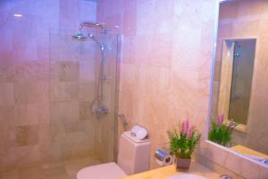 Madar Suites, Apartmanhotelek  Yanbu - big - 45