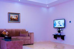 Madar Suites, Apartmanhotelek  Yanbu - big - 46