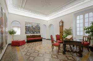 Genova46 Suites & Rooms - AbcAlberghi.com