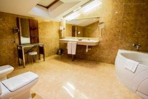 Hotel Silvota, Hotely  Lugo de Llanera - big - 8