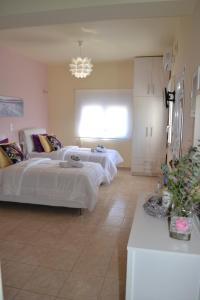 Meltemi Beach Apartments