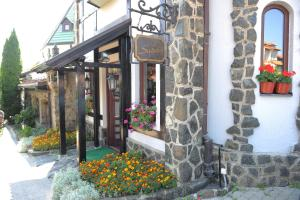 Club Satelit Zlatibor, Bed and Breakfasts  Zlatibor - big - 52