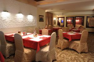 Club Satelit Zlatibor, Bed and Breakfasts  Zlatibor - big - 46